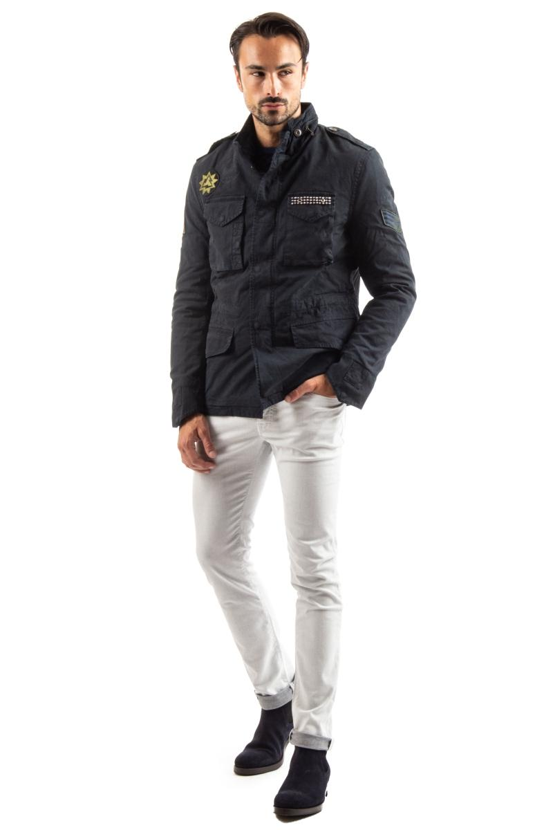 field jacket in cotone con mostrine e borchie
