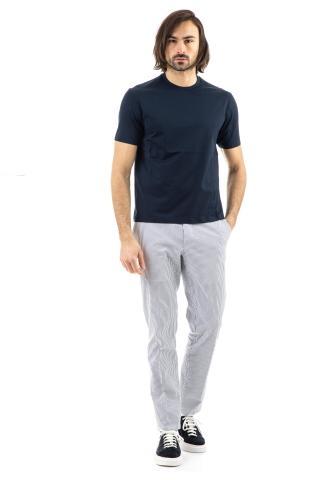T-shirt in cotone con finiture a taglio laser