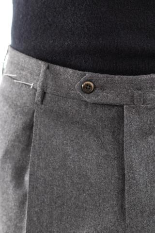 pantaloni in lana-cashmere con pences superslim fit