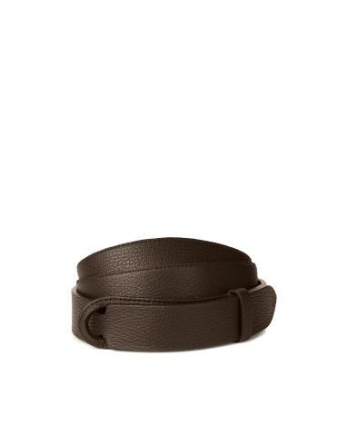 Cintura senza fibbia in pelle martellata