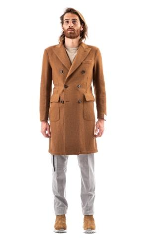 Cappotto doppiopetto in lana taglio vivo