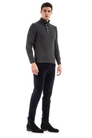 Maglia lupetto in lana mouline'