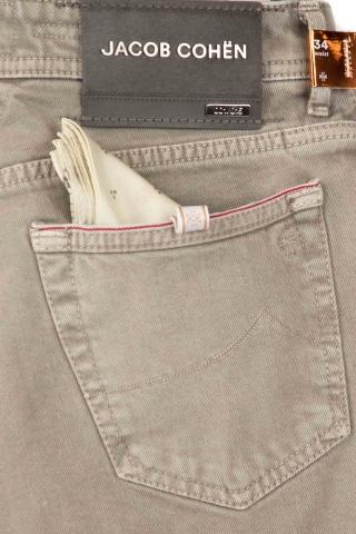Jeans color limited edition bard fit