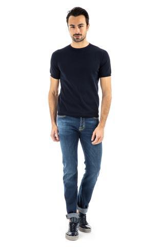 T-shirt girocollo in fine cotone