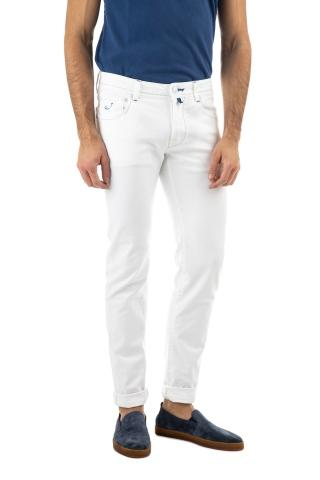 Jeans bull bianco di cotone con impunture in contrasto j622slim c